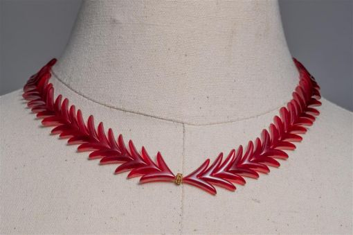 Carnelian and 22K Gold Laurel Wreath Necklace-jn20p4